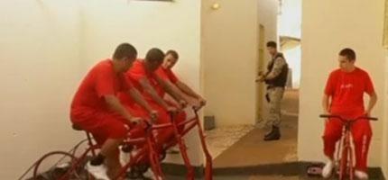 在巴西的監獄裡囚犯可以騎腳踏車減刑和產生電力