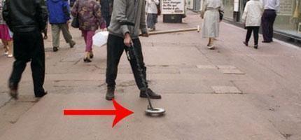 這名男子做的事情會讓你走在路上的時候大吃一驚。我從來沒有看過這樣的東西...