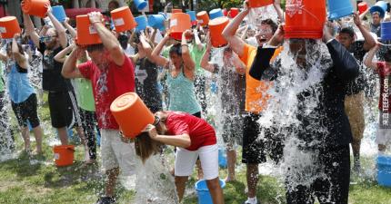 「ALS冰桶挑戰」最近超流行,但你真的知道ALS是什麼嗎?