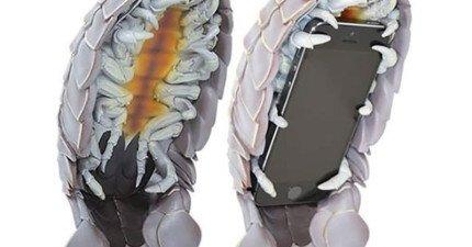 24個完全超乎想像的創意手機殼。能幫手機穿內褲不會太...超過嗎?!