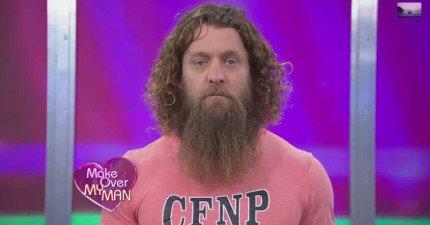 這名自稱是穴居人的丈夫已經3年沒有剃鬍子了。當剃掉後,簡直變成好萊塢巨星!