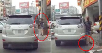 跛腳女走路邊遭「二次重壓傷害」,車子「輾過直接開走」她傻眼...網:很同情駕駛 (影片)