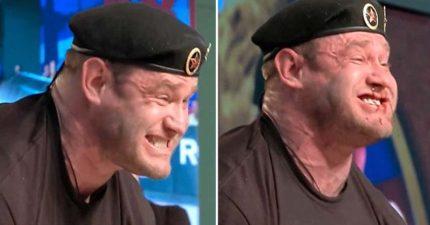 地表最強壯男人!戰鬥民族男挑戰「舉起426公斤重量」,0:25太過用力到血管爆掉「臉開始噴血」! (影片)
