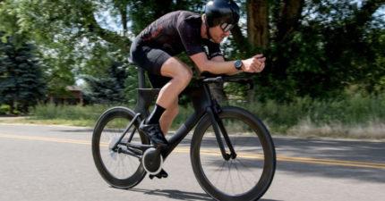 再沒有落鏈了!革命性發明「無鏈條腳踏車」 摩擦力減49%:比一般更省力