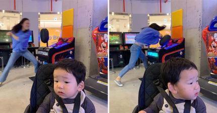 當媽壓力大!她「赤手狂砸」遊戲機 「兒子被晾一邊」超淡定