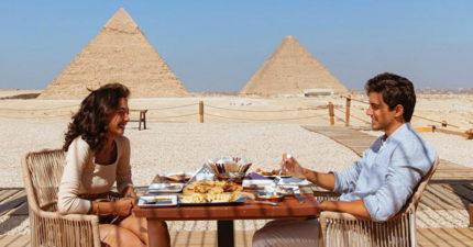 最強景觀!埃及史上第一家「金字塔餐廳」開幕 室外沙發太有fu啦