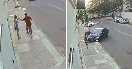 影/妹子路邊「滑手機」被抽走!英勇駕駛一看「急轉彎」小偷下場超慘