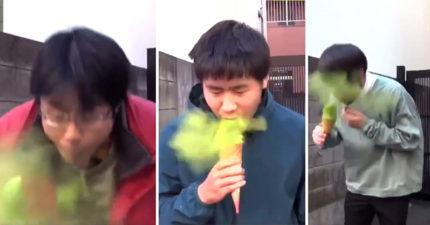 茶店推「奪命抹茶冰淇淋」大爆紅!他只吃一口...慘噴全身綠光