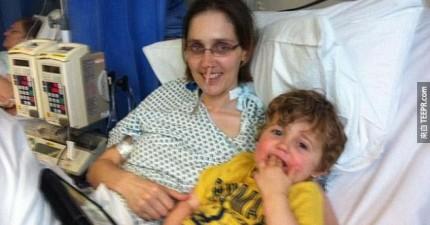 這個小男孩不知道他的媽媽將要去世。在她走之前,她為她的兒子做了件了不起的事。