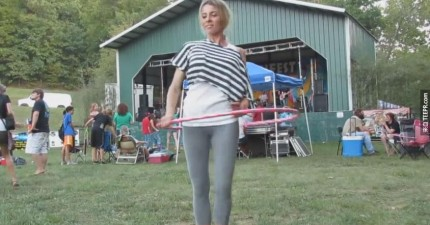 Katie-Sunshine的呼啦圈舞
