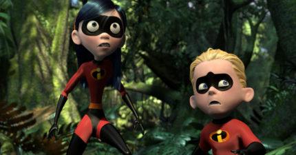 粉絲抱怨《超人特攻隊》續集太晚才上映,但有人發現其實這才是「皮克斯埋了15年的祕密重要彩蛋」!