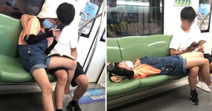 情侶在地鐵「換姿勢放閃」 最後直接「疊在一起」路人全傻眼